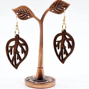 Jewelry - Wooden leaf earrings.